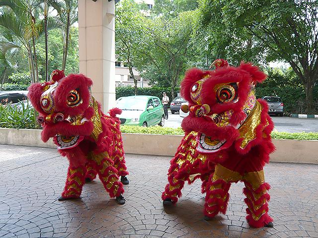 中国獅子舞がやって来た!