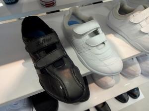whiteshoes10