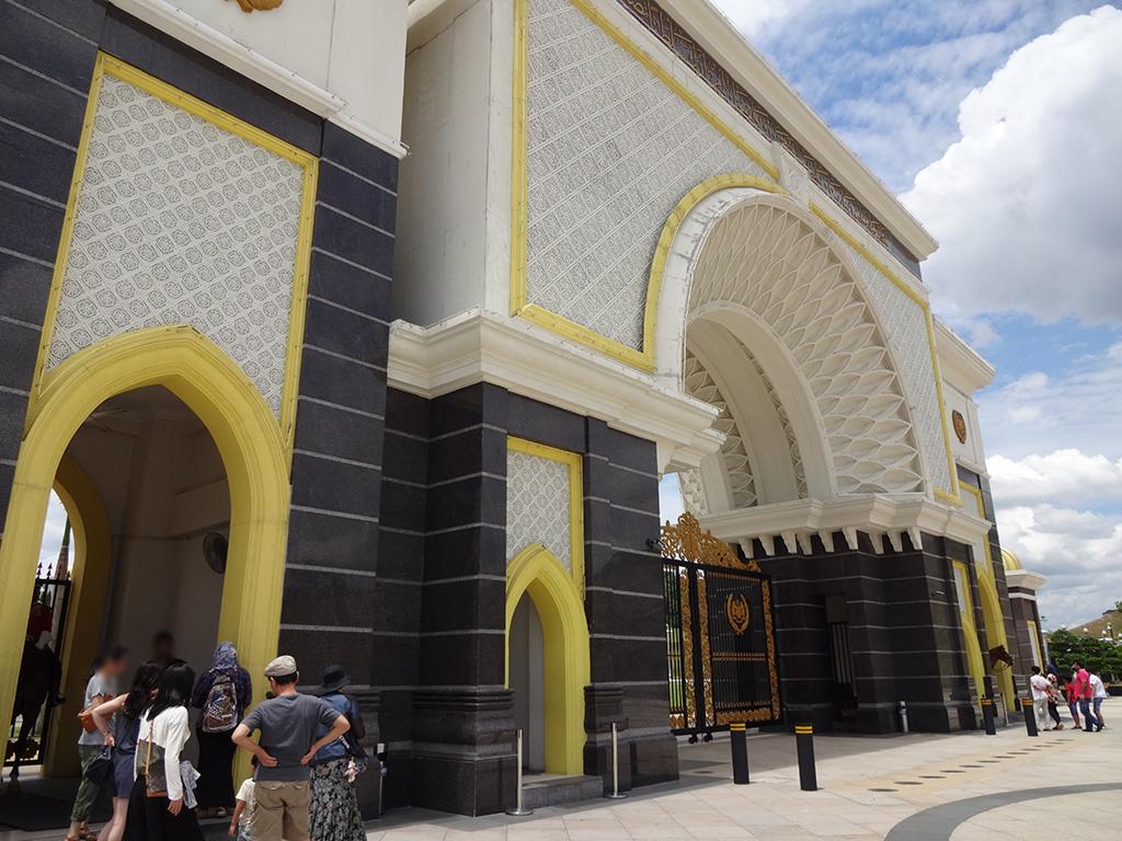 新しい王宮を見学!Istana Negaraに行ってみよう