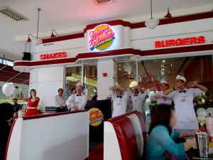 johnnyrockets_03