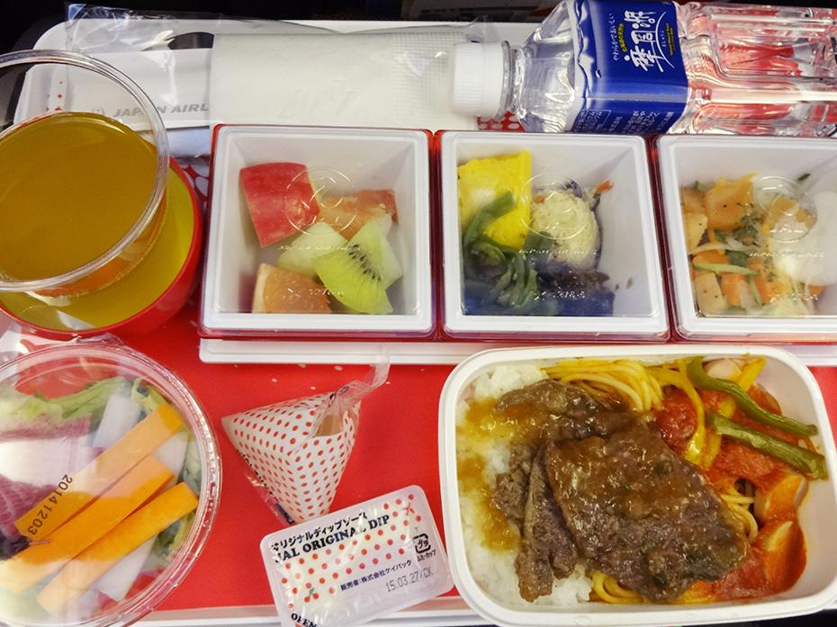空でお食事:その2…JALの機内食は?